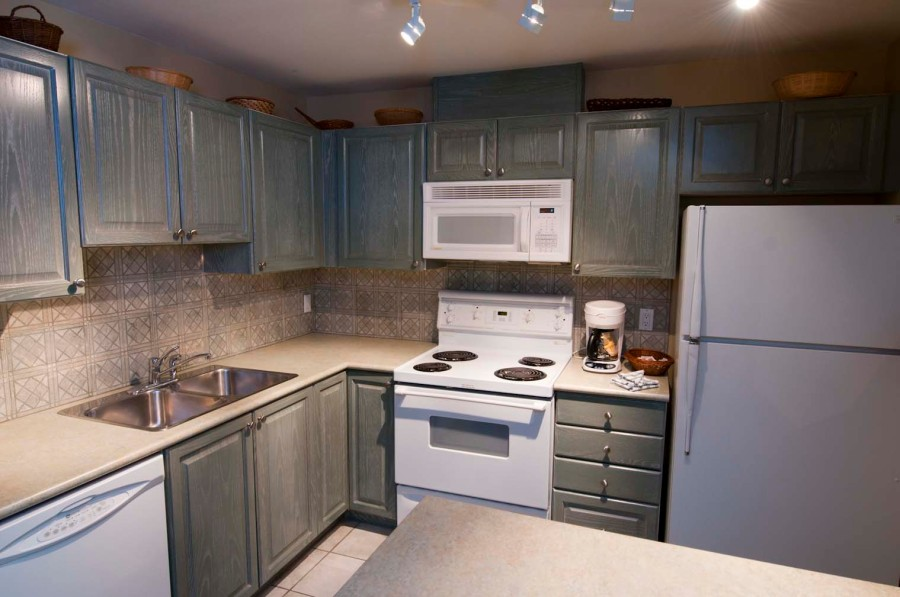 PSWhistler Large Fully Equipped Kitchen