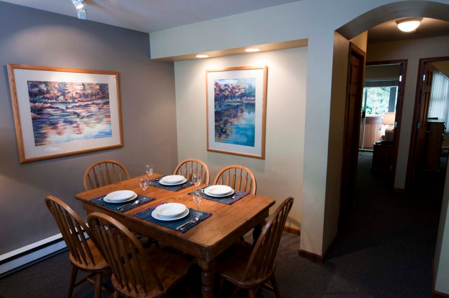 PSWhistler Dining Area